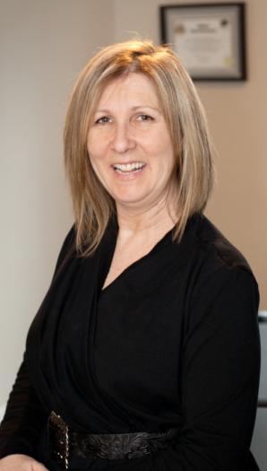 Suzanne Emond, Massothérapeute